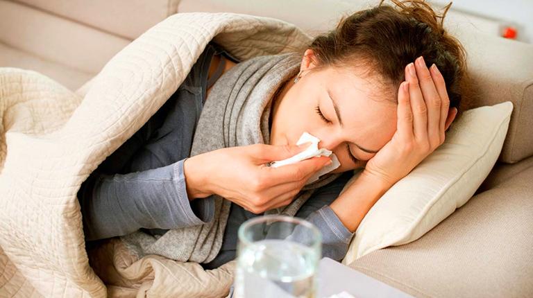 Как быстро вылечить простуду народными средствами