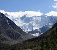 Гора Белуха - высочайшая вершина Алтая