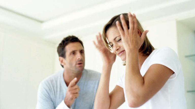 Домашний тиран: причины и формы проявления агрессии