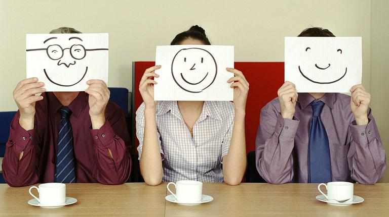 Как поднять настроение на работе?