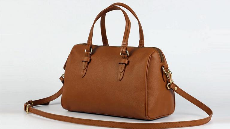 Как ухаживать за дамской сумочкой?