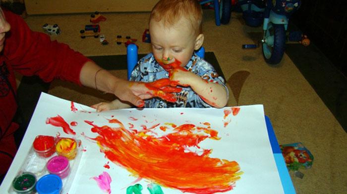 С чего начать рисовать пальчиковыми красками