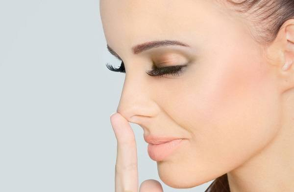 как избавиться от камедонов на носу