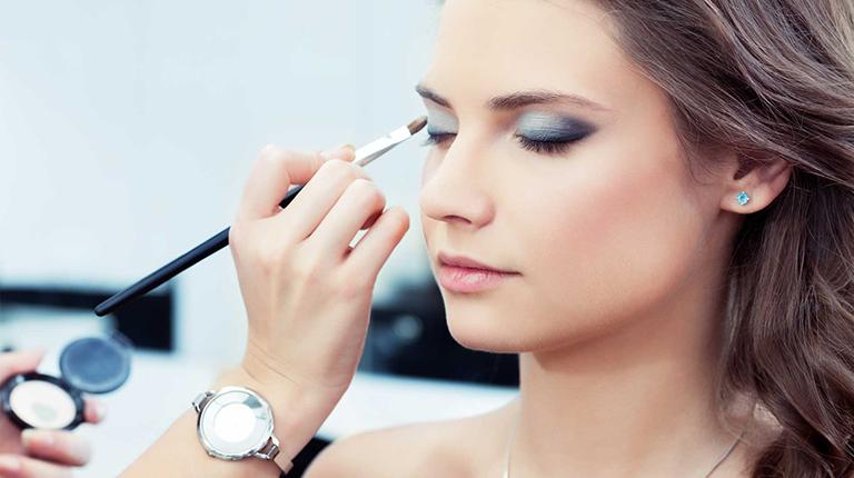 Искусство макияжа, или учимся «делать» лицо