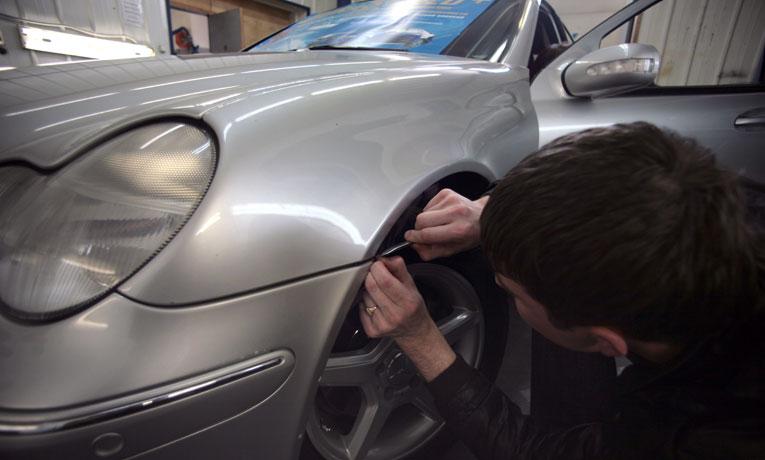Защита кузова автомобиля полимерной пленкой