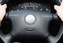 Photo of Почему туго поворачивается руль автомобиля?