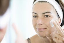 Как ухаживать за кожей лица: косметическая программа