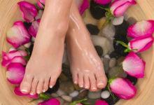 Как женщине ухаживать за ногами летом