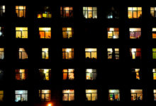 Где-то за чужими окнами