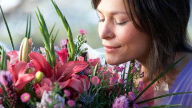 Как выбрать подарок на юбилей женщине 50 лет?