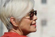 Photo of Как правильно выбрать цвет и покрасить волосы женщине элегантного возраста?