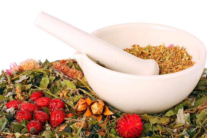 Народные рецепты для профилактики и лечения фурункулеза и угревой сыпи