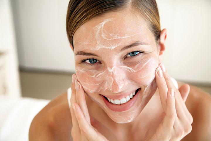 Как эффективно очистить лицо от прыщей и черных точек?